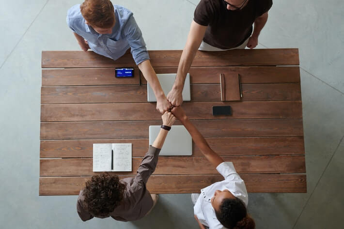 The Pros and Cons of an LLC: Decide on Your Business Structure Image