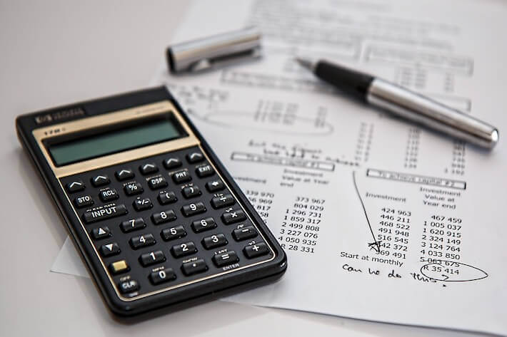 What Happened to Your Paycheck? Personal Finance Statistics for 2021 Image