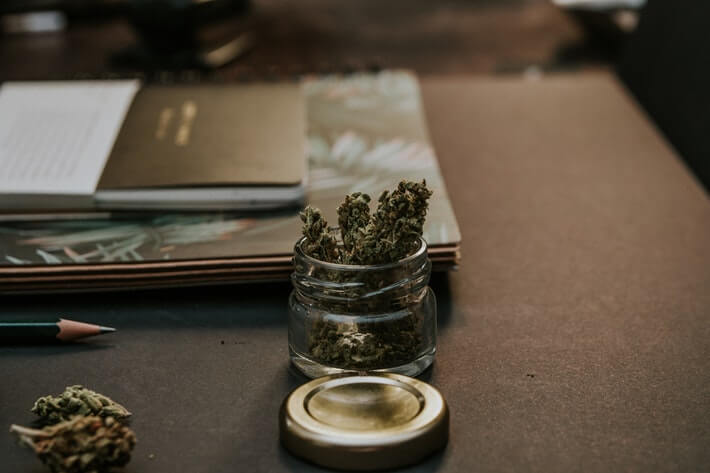 Lawmakers Consider Easing Access to Banking Services for Cannabis Industry Image
