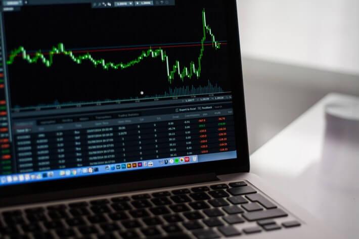 Revolut Launches Robinhood-Style Stock Trading Service Image