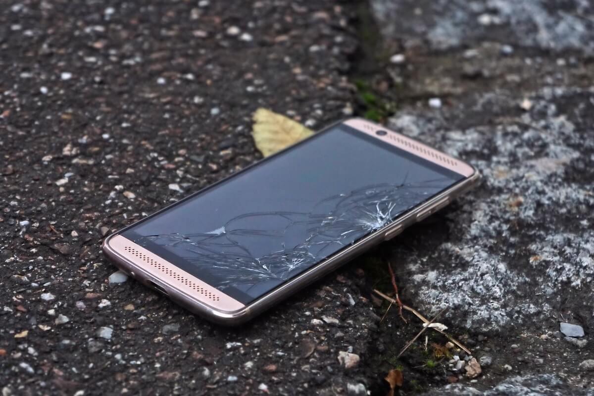 Consumers Abandoning 2-Year Phone Upgrades: Survey Image