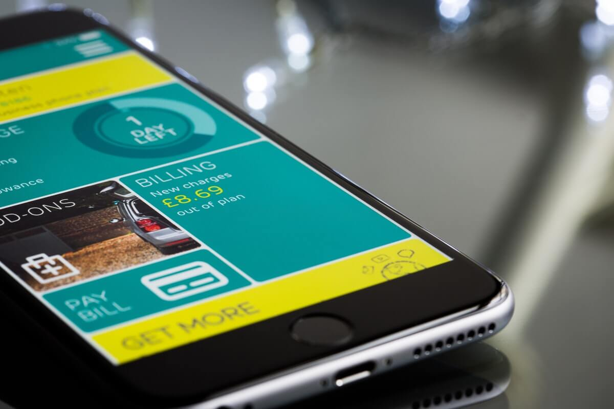Smartphone Usage and NFC Drive Mobile Wallet Market Growth Image
