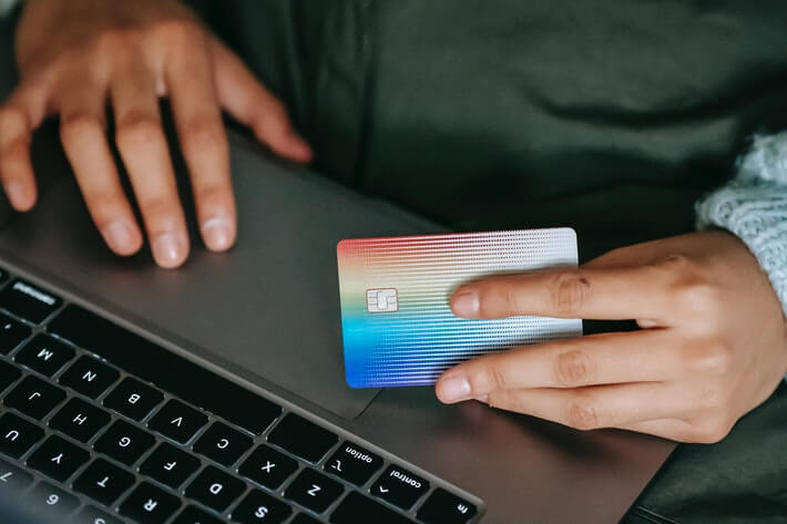 How to Get a Credit Card for the First Time: Everything You Need to Know Image
