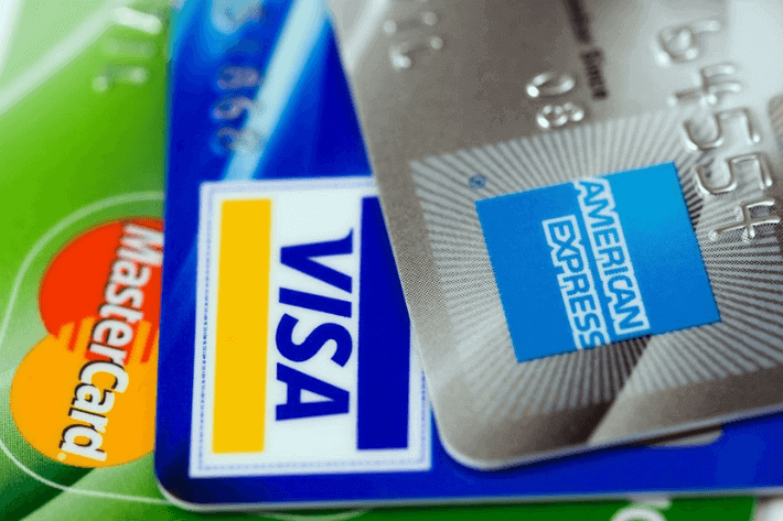 9 Useful Tips on How To Use a Credit Card Responsibly