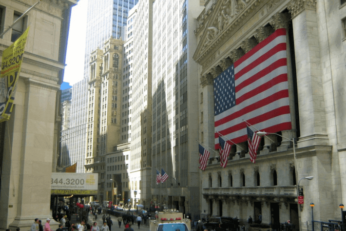 US Economy Grows 1.6% in Q2 2021, Challenges Remain Image
