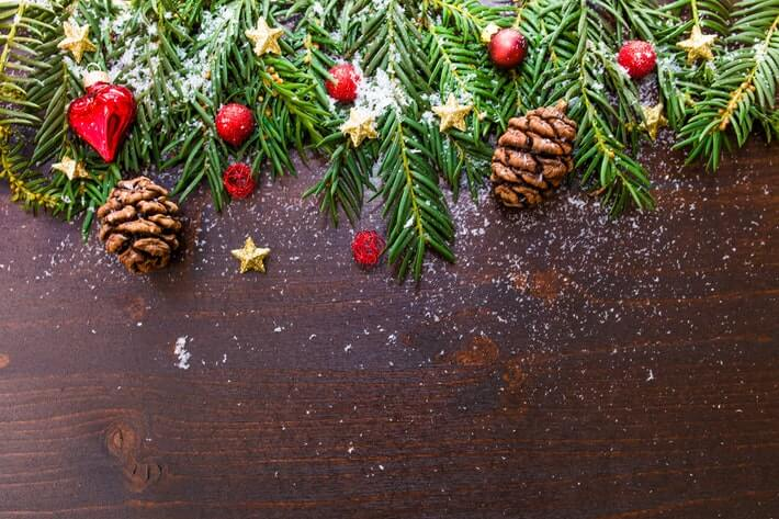 Christmas Spending Statistics: Deck the Halls with Boughs of Money Image