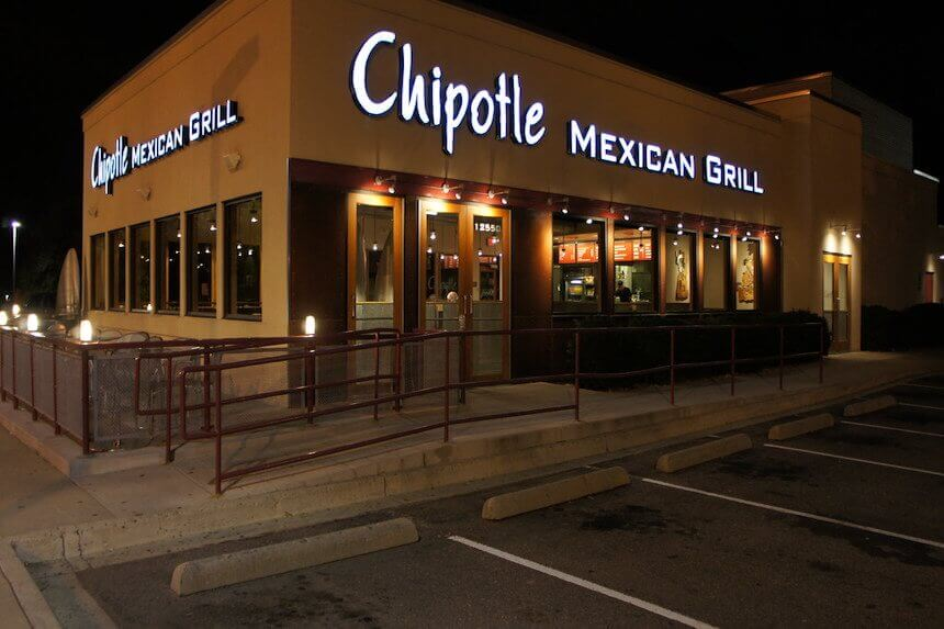 In Tight Labor Market, Chipotle to Pay College Tuition for Employees Image