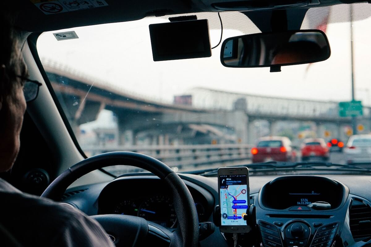 Uber to Launch Bank Accounts and Debit Cards for Drivers