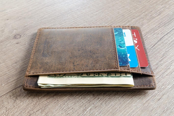 Paper or Plastic? The Definitive List of Cash Versus Credit Card Spending Statistics Image