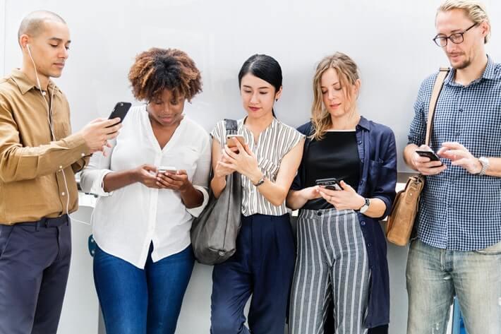 Smartphone Market Share: Past, Present and Future Image