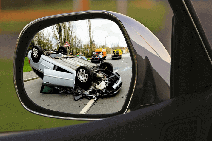 How Many People Die in Car Accidents? <br> 32 Morbid But Curious Stats & Facts