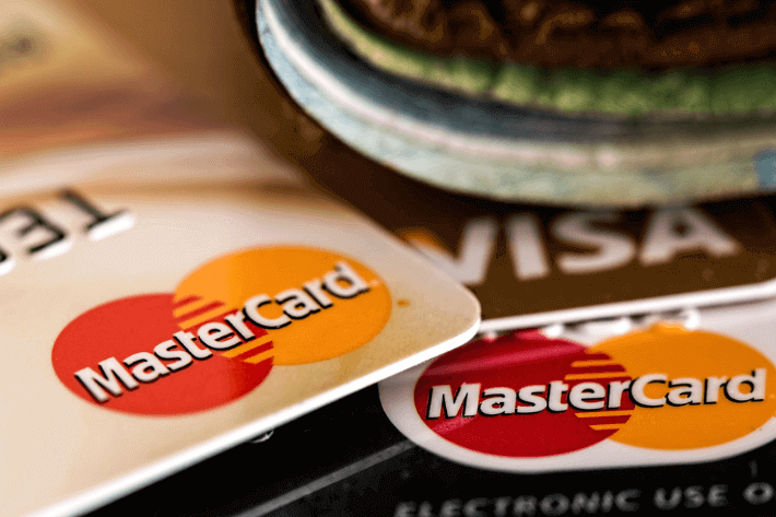 How to Choose a Credit Card in Five Simple Steps Image