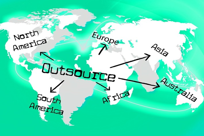 20 Outsourcing Statistics to Guide Your HR Decisions Image
