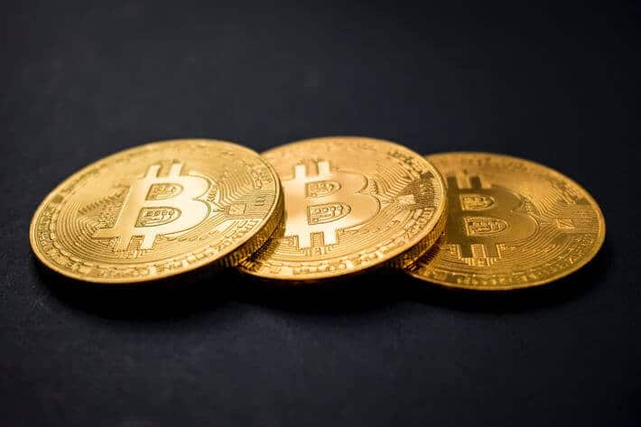 Crypto Update: Bitcoin Price Drops, Ethereum Prospers, Investors Choose Gold
