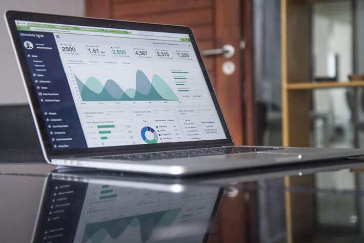 31 Sizzling CRM Statistics to Help Your Business Soar Image